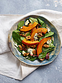 Autumn salad with pumpkin, gorgonzola and nuts