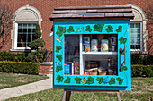 Free food cabinet during coronavirus pandemic