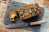 Oat bread with seeds