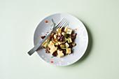 Gouda salad (keto cuisine)