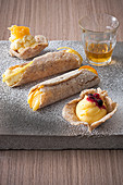 Gluten-free pastries with lemon cream
