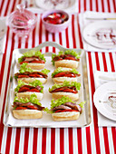 Mini BLT-Sandwiches für eine Kinderparty