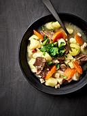 Kartoffelsuppe mit Damwildfleisch