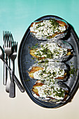 Baked potatoes with herb quark
