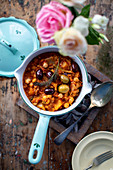 Vegeterian chickpea fennel stew with olives and harissa