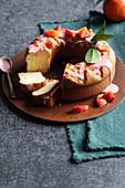 Blutorangenkuchen mit Orangen-Rosenwasser-Glasur