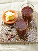 Bebida de cacao, jengibre y miel (cocoa drink with ginger and honey, Cuba)