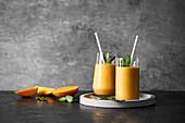 Mango-Superfood-Smoothie