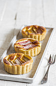 Tartlets with rhubarb