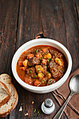 Beer goulash with potatoes and carrots