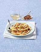 Macaroni with mackerel and orange-almond crunch