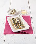 Sardinenröllchen mit aromatischer Frischkäsefüllung