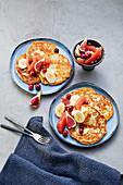 Quark pancakes with autumnal fruit salad