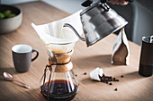 Brewing coffee with a Chemex carafe