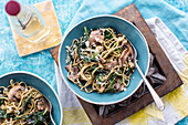 Spaghetti with chard, garlic and mushrooms