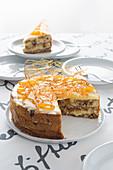 Torta pasticcio di panettone (dessert with panettone and vanilla cream, Italy)