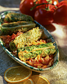 Savoy cabbage roulade with tomatoes