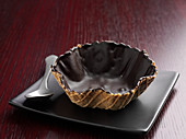 Wafer bowl with chocolate icing
