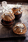 Tartlets with caramel and nut cream