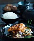 Teriyaki salmon with mushrooms and rice (Asia)