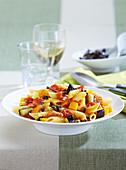 Pasta mit Gemüse-Bolognese
