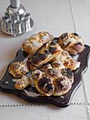 Challah (Jewish bread)