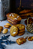 Oldbread cookies with almonds