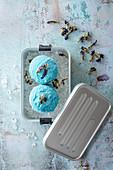 Butterfly Pea Eiscreme mit Kokosmilch