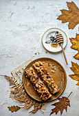 Oat bars with honey