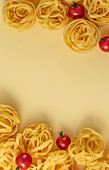 Minimal food pattern tagliatelle and tomatoes
