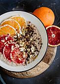 Porridge mit Orangen und Blutorangen