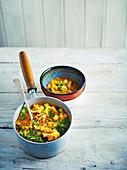 Rustikale Superfood-Gemüsesuppe