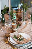 Christmas place setting with linen napkin