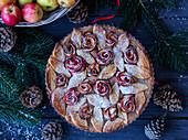 Apfelkuchen mit Apfelrosen (weihnachtlich)