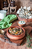 Kartoffel-Pilz-Eintopf mit Thymian