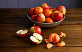 Apples and mandarines