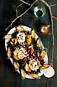 Grünkohlsalat mit Sharon, Burrata, Granatapfel und Balsamico-Vinaigrette