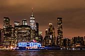 Das 'Pier 17', neues Kulturzentrum seit 2018 in Downtown, New York City, USA