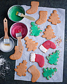 Gingerbread being decorated with coloured icing