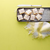 Coconut-lime slices