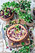Stachelbeer-Hefekuchen mit Mandelblättchen
