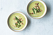 Green asparagus soup with nuts