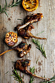 Roast lamb chops with rosemary and garlic