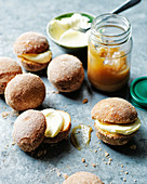 Bombolone with pears