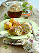 Pork roulade filled with apples and leek
