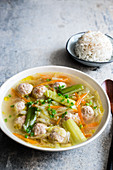 Chinese meatball soup