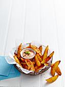 Paprika potato wedges with a dip