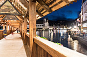 The Kapellbrücke (Chapel Bridge) over the river Reuss, Lucerne, Switzerland
