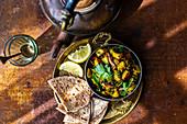 Kartoffel-Spinat-Curry mit Pilzen (Indien)