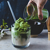 Dalgona matcha (matcha with whipped matcha foam)